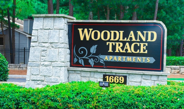 Woodland Trace Apartments in Conyers, GA